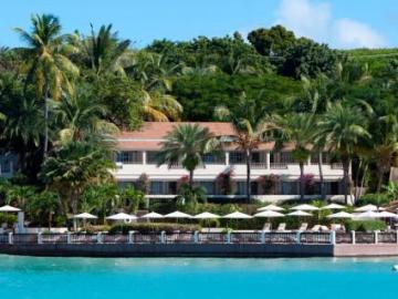Blue Waters **** Karib-szigetek